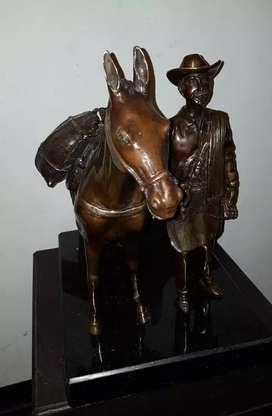 Escultura en bronce