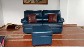 Sofa cama de cuero puro + puf