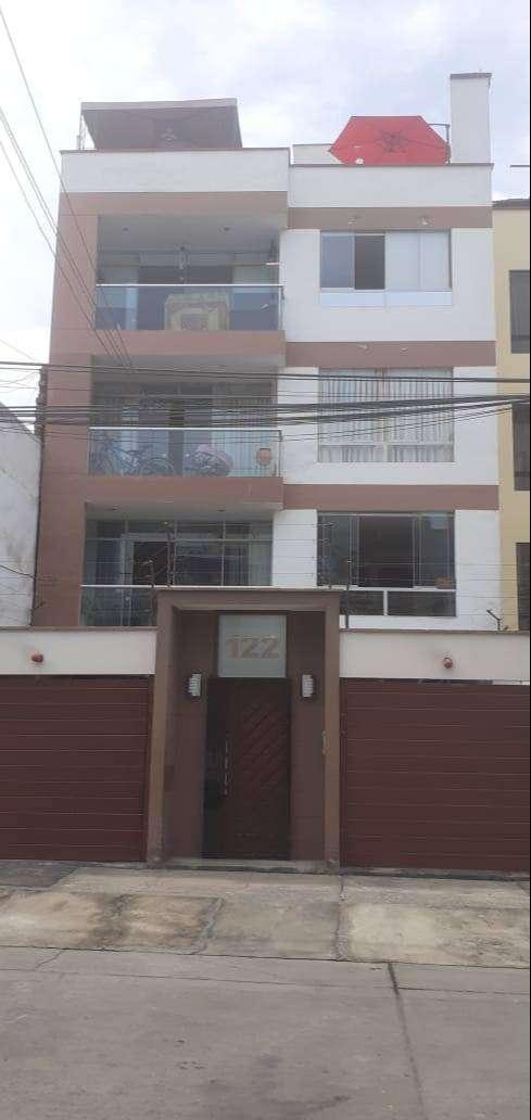 vendo  lindo departamento en 2 piso en  salamanca