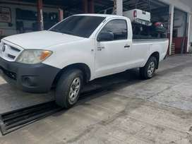 Toyota hilux pick up 4x4 2010