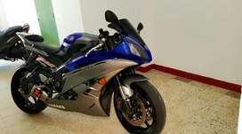 Yamaha R6r