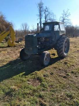 Tractor Fiat r 60.