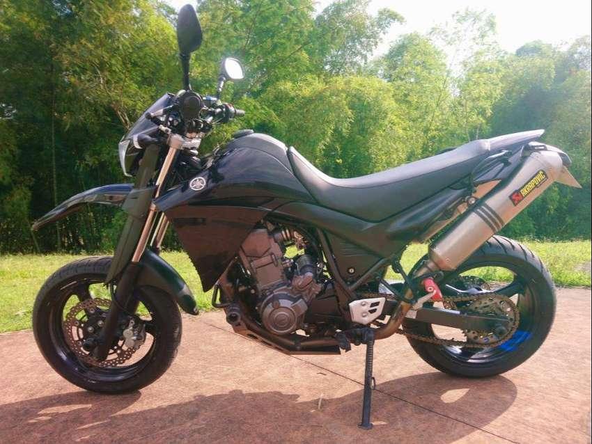 SE VENDE MOTO YAMAHA XT 660 R MODELO 2015 0