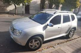 Vendo duster modelo 2012 full