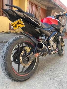 Venta de moto NS 200