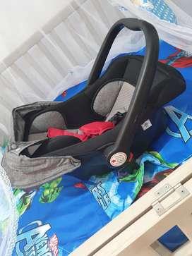 Porta bebé e baby
