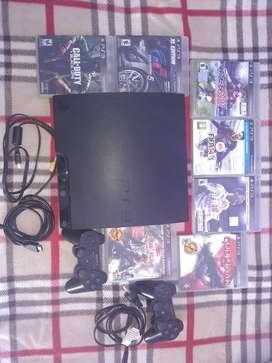 Vendo PS3 completo con dos Yostin y 7 juegos