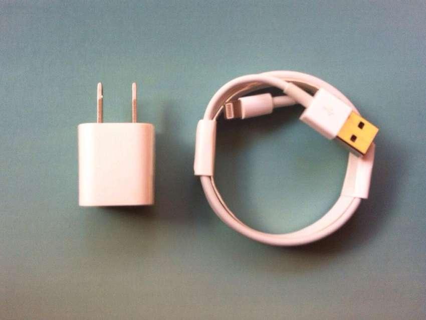 Cargador Original Apple Enchufe Pared mas Cable 1mt x 3mm 0