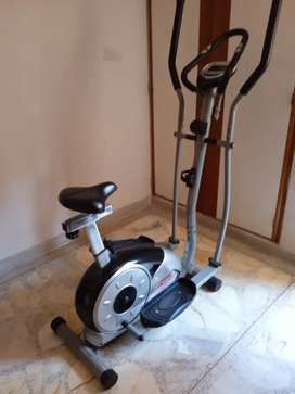 Bicicleta elíptica cómo nueva, marca gymtom
