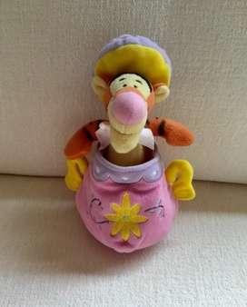 Peluche Tigger/ Winnie Pooh Disneystore.