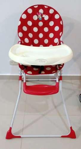 Comedor Disney para niña perfecto estado Minnie