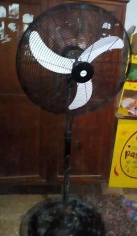 Vendo ventilasor industrial