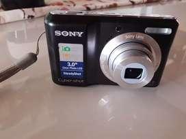 Vendo cámara sony 12.1 MP