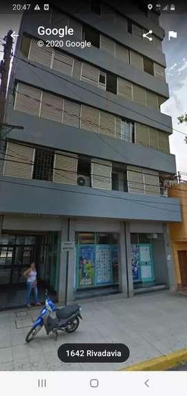 Vendo Oficinas sobre Calle Rivadavia 1642