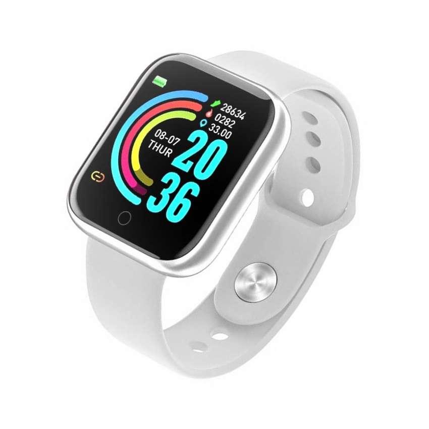Reloj Dama Blanco smartwatch inteligente Whatsapp redes sociales monitor fitness ejercicios vida saludable wellness 0