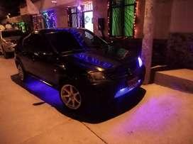 Vendo renol Logan negro 2009