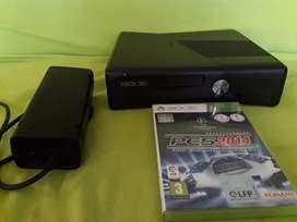XBOX 360 Como nuevo con poco uso...