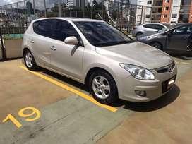 Hyundai i30 modelo 2009,121.500 kilómetros. Full equipo. Automático