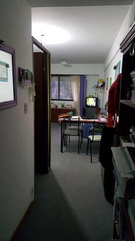 MONOAMBIENTE EN ALQUILER SAN LORENZO 1076 (08-04)