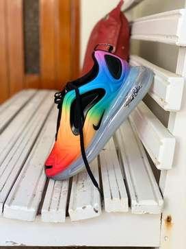 Nike air max 720 size 40