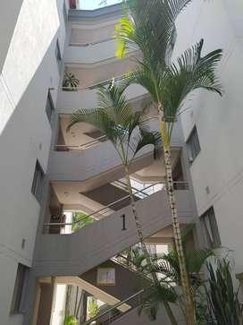 Se vende Apartamento en Cañaverales