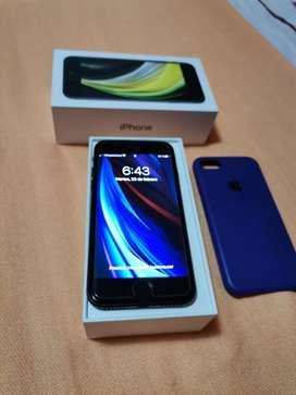 Vendo Iphone SE 2020 acc sellados