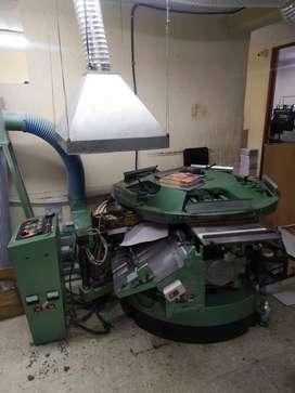 Maquina de acabados / encuadernación por Hot Melt / Muller Martini