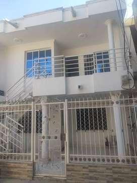 Vendo casa de 2 plantas independiente
