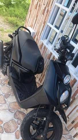 Vendo moto bwis