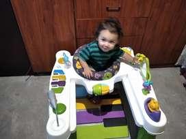 Caminador Fisher price con centro de actividades bebe