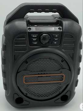 """PARLANTE K29 8"""" CON RADIO FM"""