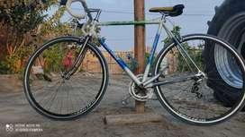 Bicicleta deportiva de carrera