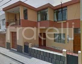 VAC0103F Se Vende Casa Ampatacocha Yanahuara Como Terreno, Arequipa