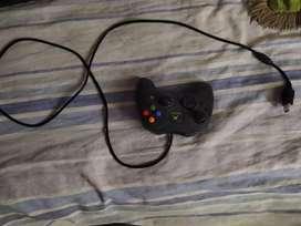 Vendo Xbox clásico negro