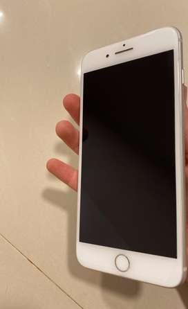 Liquido iPhone 8 plus como nuevo 64gb