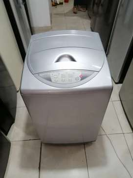 Lavadora 18 libras, marca haceb, buen estado