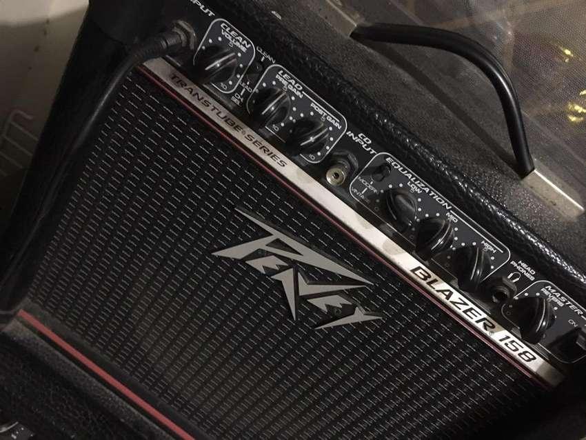 Amolificador peavey para guitarra 0