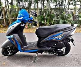 Venta moto automática y pedal (NEGOCIABLE)