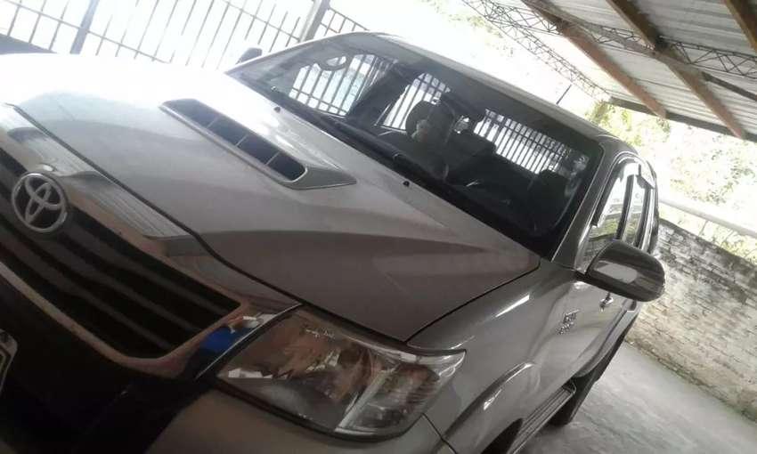 Toyota hilux SRV cuero 3.0 0