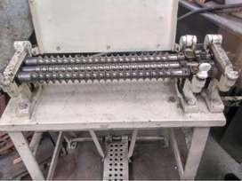Maquina de fabricación bolitas de caramelo o chicle