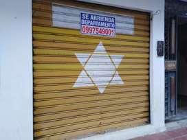 Arriendo local comercial en el centro de Loja