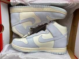 W Nike Dunk High
