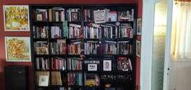 Biblioteca (sin libros) Escucho ofertas por tener que deshacerme de ella, a la mejor la vendo.
