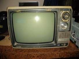 antiguos televisores y mas