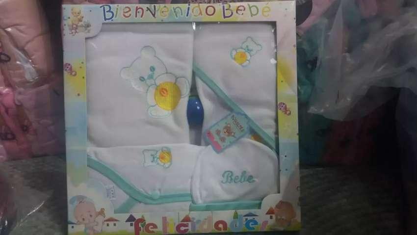 En Baby Chloe tenemos todo para su bebe, desde ropa, accesorios y mucho más. 0