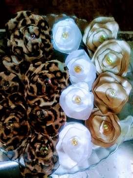 Flores de Raso o Gasa para Ropa , Calzado etc