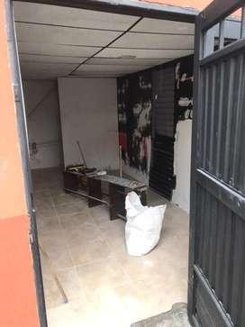 Se arrenda local comercial en el barrio Cervantes