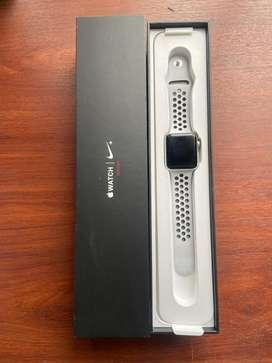 Reloj apple watch serie 3 Nike