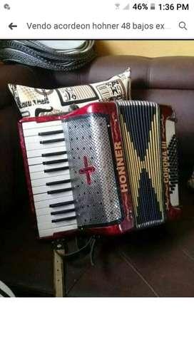 Vendo acordeon hohner vm 48 bajos