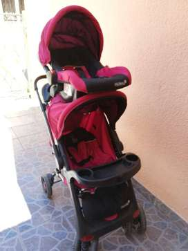 De oportunidad, por viaje. Coche de bebé con asiento de bebé para auto.